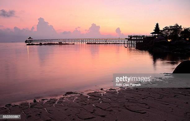 dawn at turi beach, batam, indonesia - harbor island bahamas stock photos and pictures