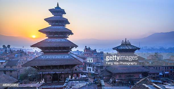 dawn @ bhaktapur, nepal - nepal stock pictures, royalty-free photos & images