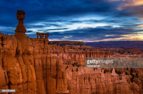 dawn in bryce canyon - bryce canyon stock pictures, royalty-free photos & images
