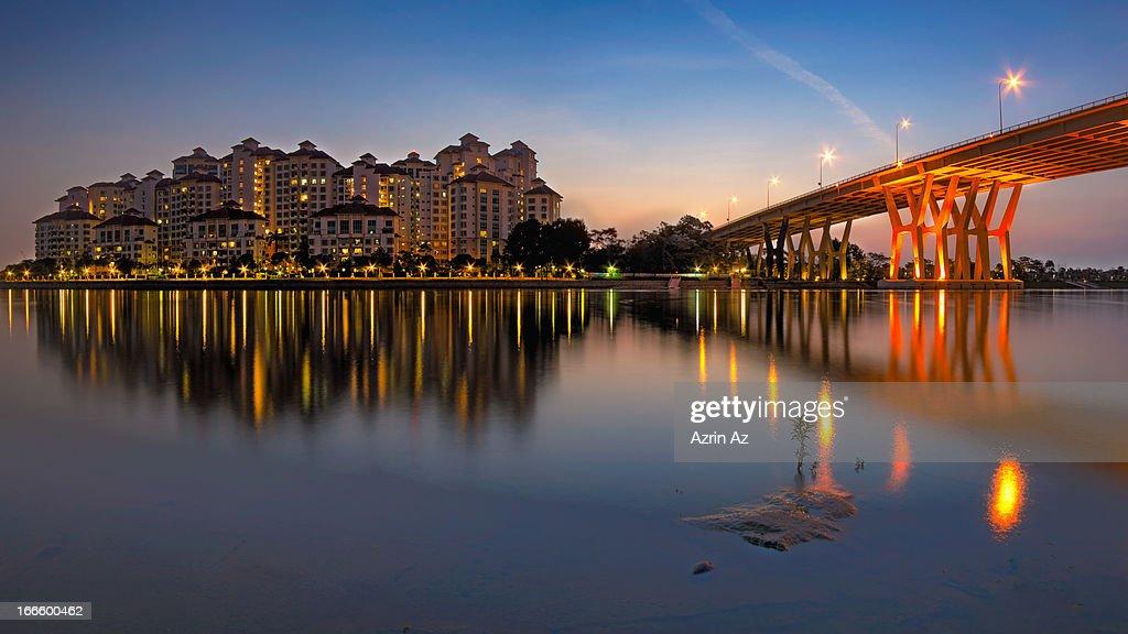Dawn of the Bridge : Stock Photo