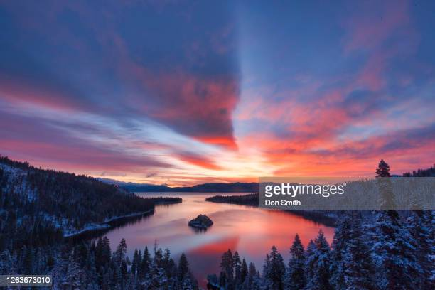 dawn sky over emerald bay, lake tahoe - don smith stock pictures, royalty-free photos & images