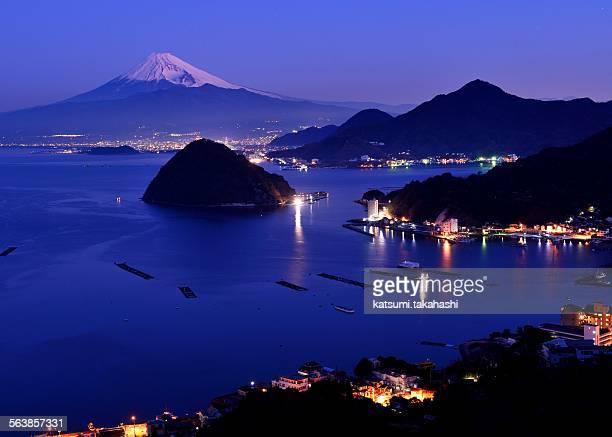 Dawn to wait Fuji