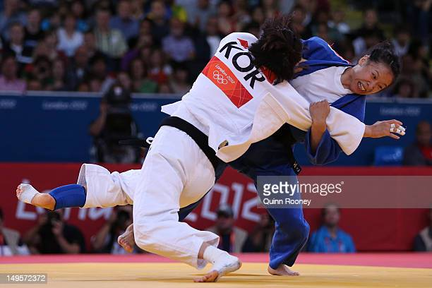 DaWoon Joung of Korea competes against Lili Xu of China in the Women's 63 kg Judo on Day 4 of the London 2012 Olympic Games at ExCeL on July 31 2012...