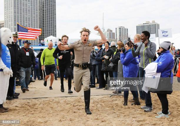 Dax Shepard takes part in the 17th Annual Polar Plunge at North Avenue Beach on March 5 2017 in Chicago Illinois