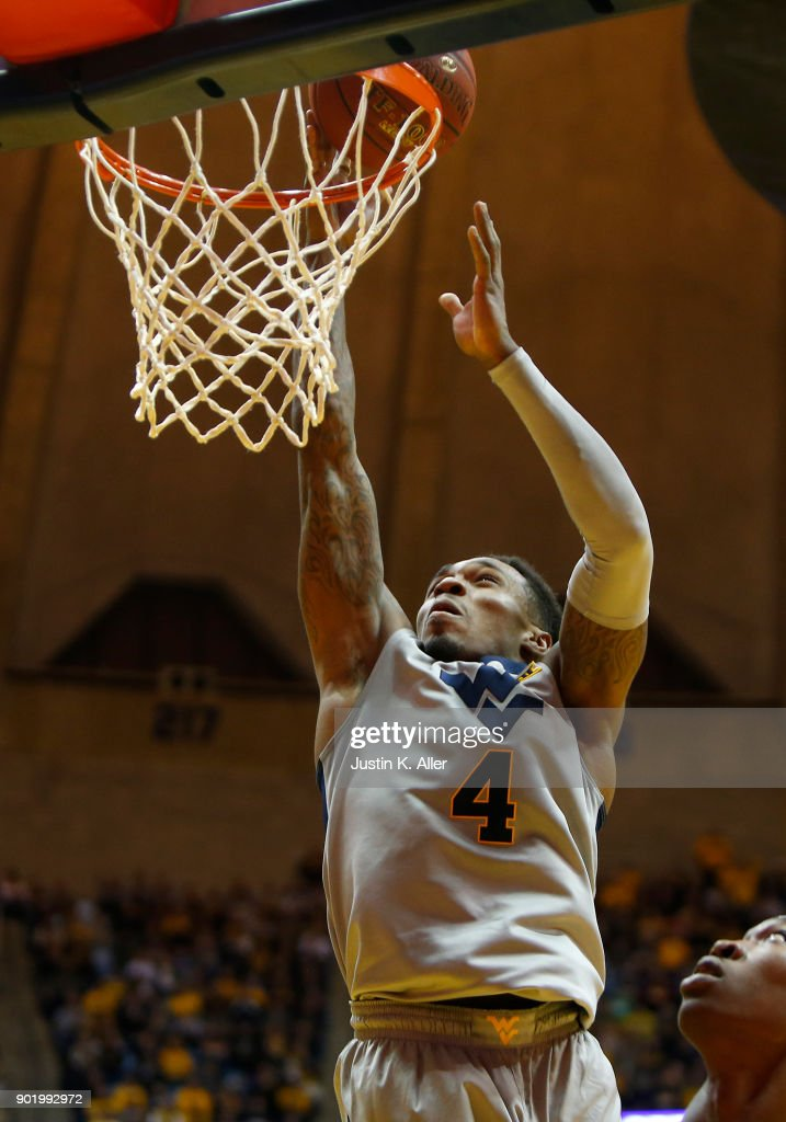 Daxter Miles Jr. #4 of the West Virginia Mountaineers dunks against the Oklahoma Sooners at the WVU Coliseum on January 6, 2018 in Morgantown, West Virginia.