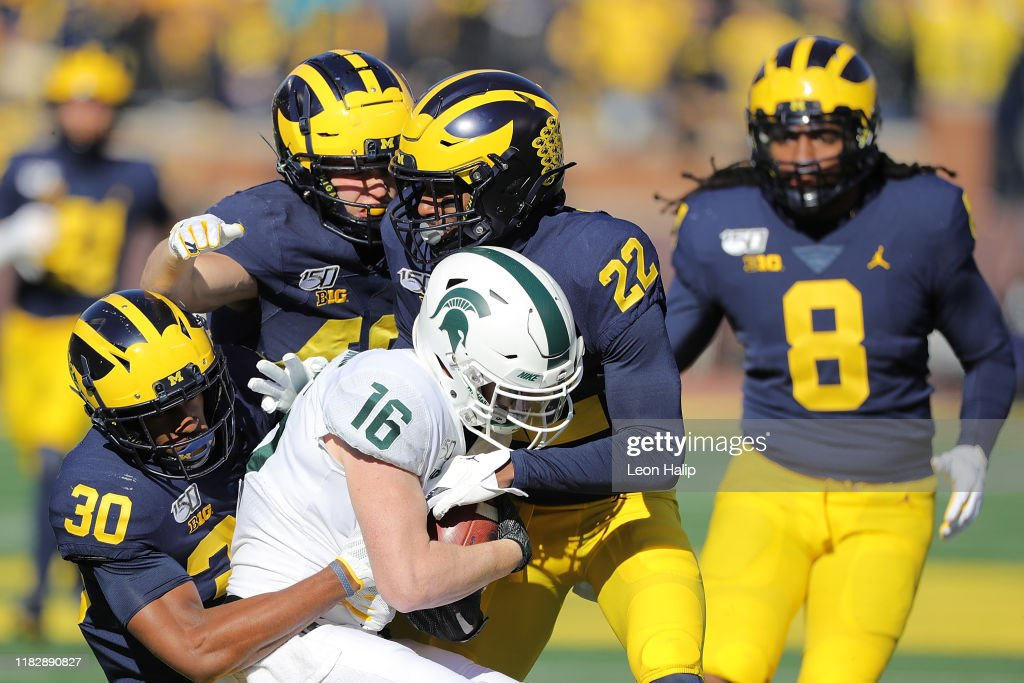 Michigan State v Michigan : News Photo