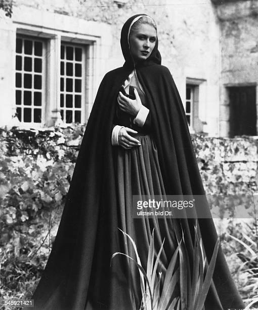 Day Josette Actress France * Scene from the movie 'La Belle et la Bete'' Directed by Jean Cocteau France 1946 Vintage property of ullstein bild