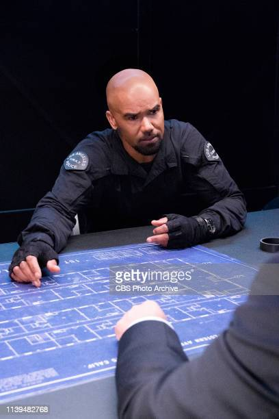 Day of Dread The SWAT team finds itself under internal investigation after a civilian is killed as they attempted to bring in the city's most wanted...