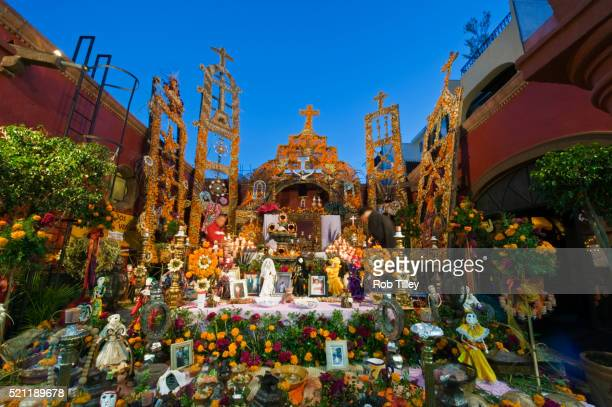 day of the dead altar - day of the dead stock pictures, royalty-free photos & images