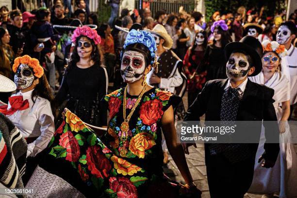 """day of the dead parade - people wearing traditional dresses and costumes walking on the parade - """"gerard puigmal"""" stock pictures, royalty-free photos & images"""