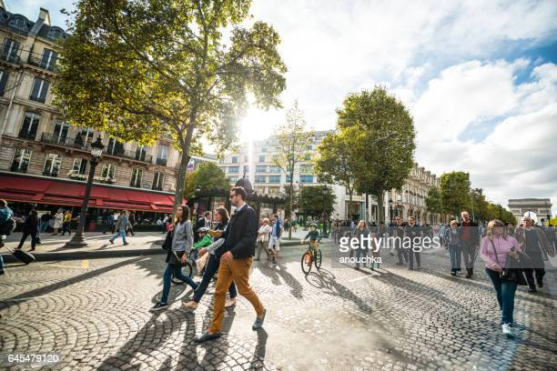 day without cars in paris, france - pedestrian zone stock pictures, royalty-free photos & images