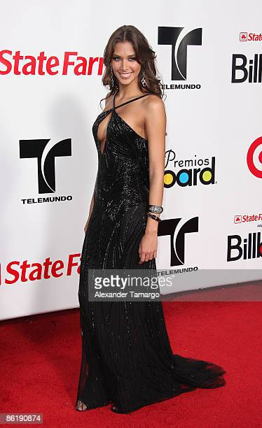 Dayana Mendoza arrives at the 2009 Billboard Latin Music Awards at Bank United Center on April 23 2009 in Miami