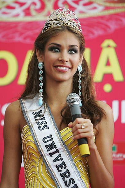 Dayana Mendoza Photos Photos - Newly-Crowned Miss Universe ...