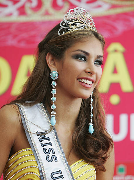 Photo Gallery - Miss Universe 2008 parade - Free AAA ...