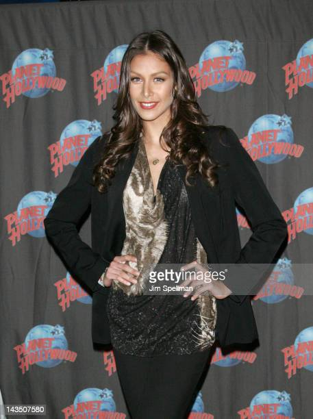 Dayana Mendoza visits Planet Hollywood Times Square on April 27, 2012 in New York City.