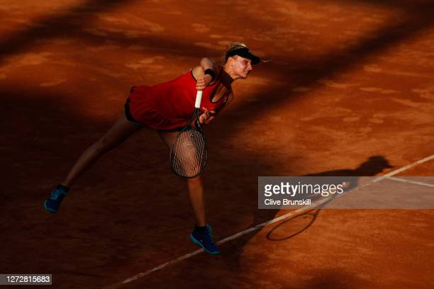 Dayana Yastremska of Ukraine serves in her round two match against Amanda Anisimova of The United States during day three of the Internazionali BNL...