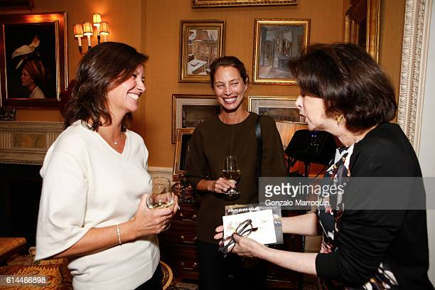 Dayle HaddonKelly Burns and Christy Turlington Burns at the WomenOne Dinner on October 13 2016 in New York City