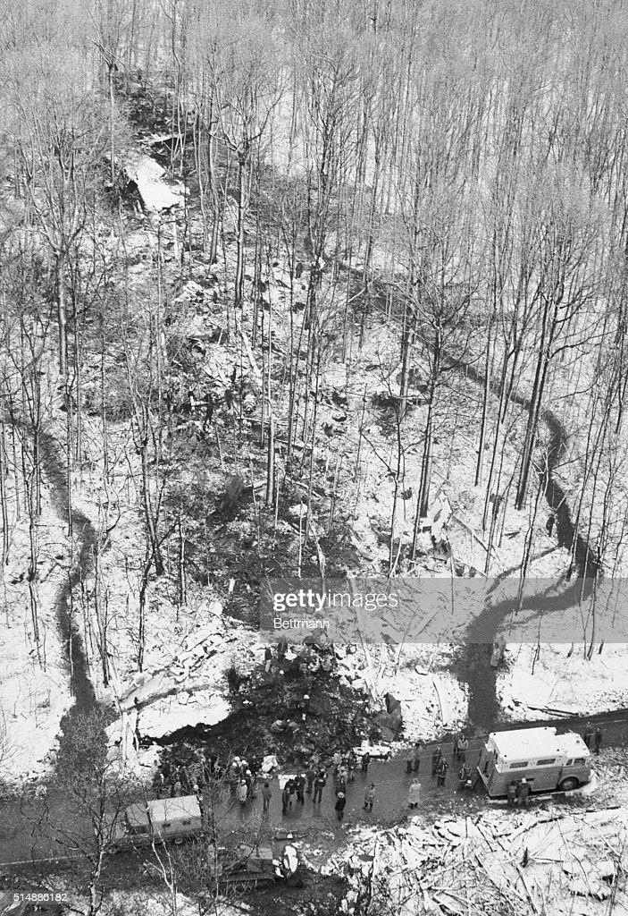 Daylight View of TWA Flight 514 Crash : News Photo