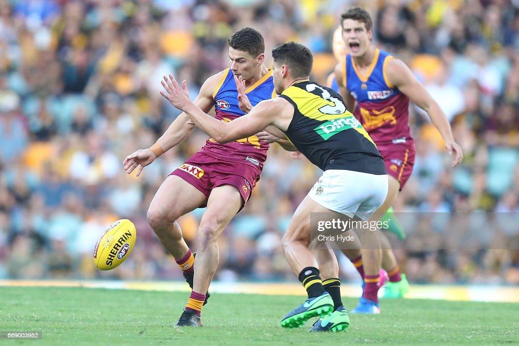 AFL Rd 4 - Brisbane v Richmond : News Photo