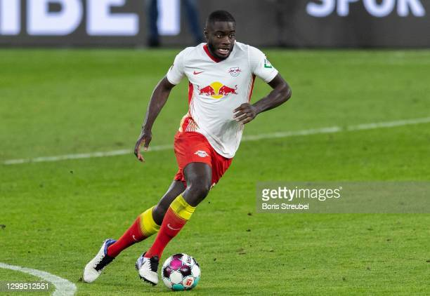 Dayot Upamecano of RB Leipzig runs with the ball during the Bundesliga match between RB Leipzig and Bayer 04 Leverkusen at Red Bull Arena on January...