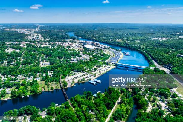 daytime aerial view of downtown branson and lake tanycomo - 1011957648,1011945618,1011950492,1011960800,1011954950,1011953954,1015768380,1015768366,1015768370,1015768372,1015768382,1015768398,1015768412,1015768410,1015768414,1015768418,1015768438,1015768448,1015768450,1015768488,1015768474,1015768478,1015768504,1015768508,1016083590,1016083634,1016083592,1016083608,1016083686,1016083708,1016083780,1016083774,1016083796,1016083828,1016083994,1016083992,1016083982,1016083980 stock pictures, royalty-free photos & images