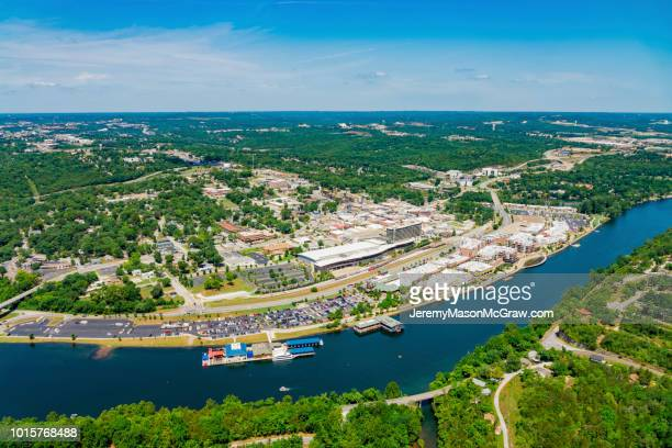 daytime aerial view of downtown branson, missouri - 1011957648,1011945618,1011950492,1011960800,1011954950,1011953954,1015768380,1015768366,1015768370,1015768372,1015768382,1015768398,1015768412,1015768410,1015768414,1015768418,1015768438,1015768448,1015768450,1015768488,1015768474,1015768478,1015768504,1015768508,1016083590,1016083634,1016083592,1016083608,1016083686,1016083708,1016083780,1016083774,1016083796,1016083828,1016083994,1016083992,1016083982,1016083980 stock pictures, royalty-free photos & images