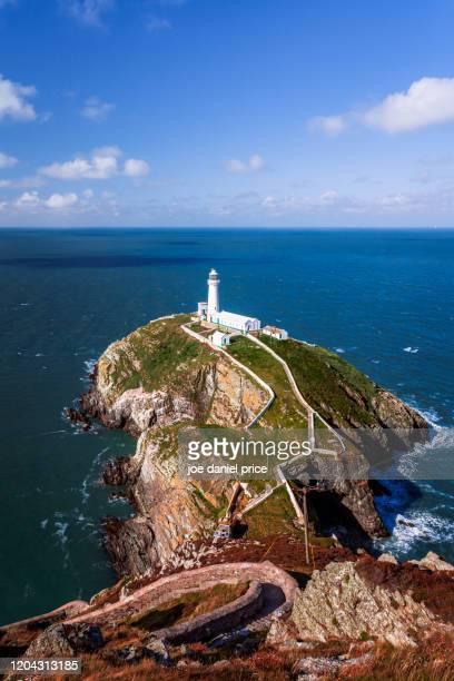 daytime at south stack lighthouse, holyhead, anglesey, wales - north wales stock pictures, royalty-free photos & images