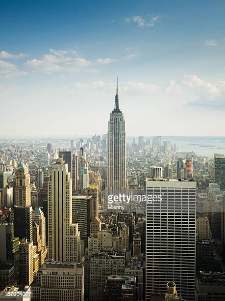 daytime view new york skyline - empire stock pictures, royalty-free photos & images