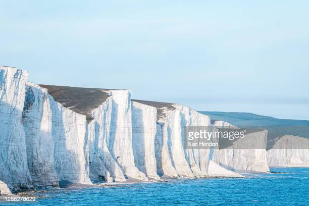 a daytime view of the seven sisters on the east sussex coast - stock photo - イーストサセックス ストックフォトと画像