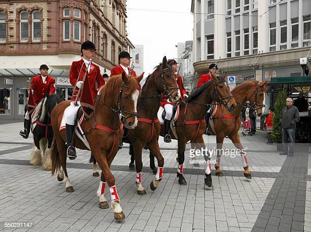 Bochum, Ruhr area, Westphalia, North Rhine-Westphalia, NRW, May evening festival 2013, customs, traditions, festival procession with horses