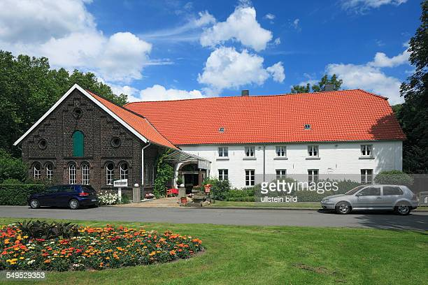 Bottrop, Ruhr area, Westphalia, North Rhine-Westphalia, NRW, Overbeckshof in the Stadtgarten, restaurant, cafe
