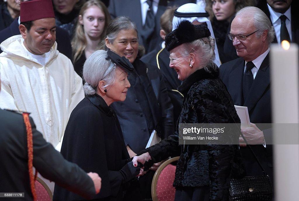 Funerals of Queen Fabiola in the Cathedral Saints Michel et Gudule : Nieuwsfoto's