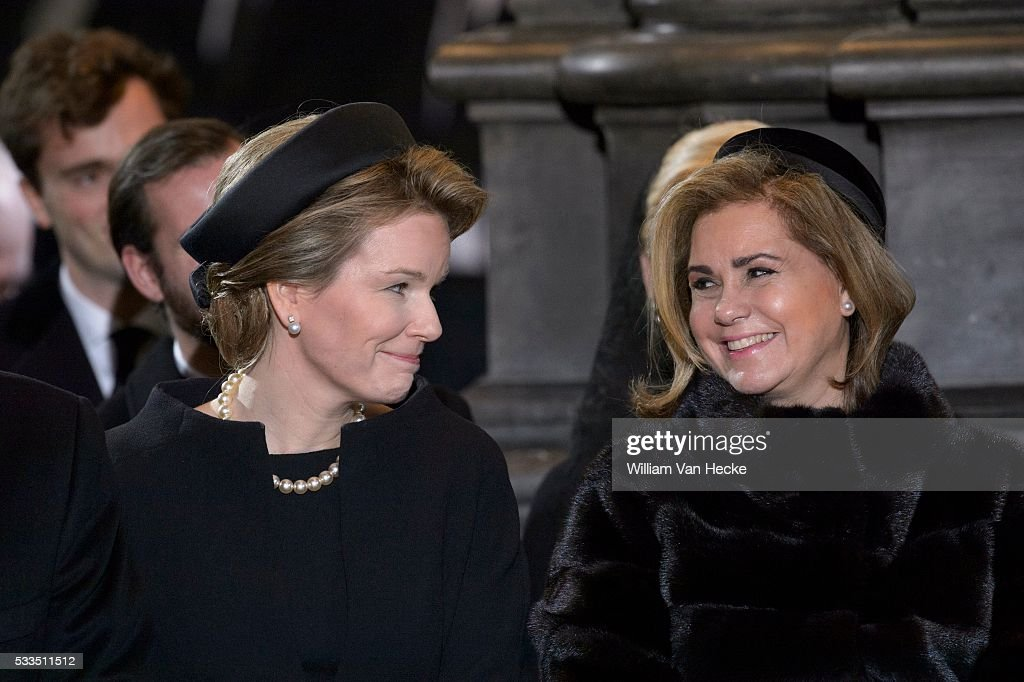 Funerals of Queen Fabiola in the Church of Laeken : News Photo