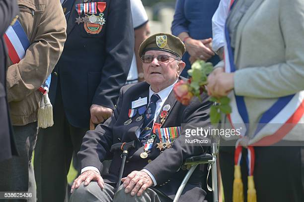 DDay and Normandy 1944 British veteran Len Fox during the 72nd Anniversary Service of Thanksgiving at HottotlesBagues military cemetery The cemetery...