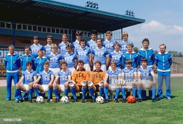 DDRFußballOberligist FC KarlMarxStadt in einer Archivaufnahme aus der ersten Hälfte der 80er Jahre aufgenommen im heimischen Dr KurtFischerStadion...