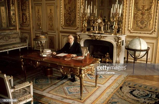de gaulle at the elysee pictures getty images. Black Bedroom Furniture Sets. Home Design Ideas