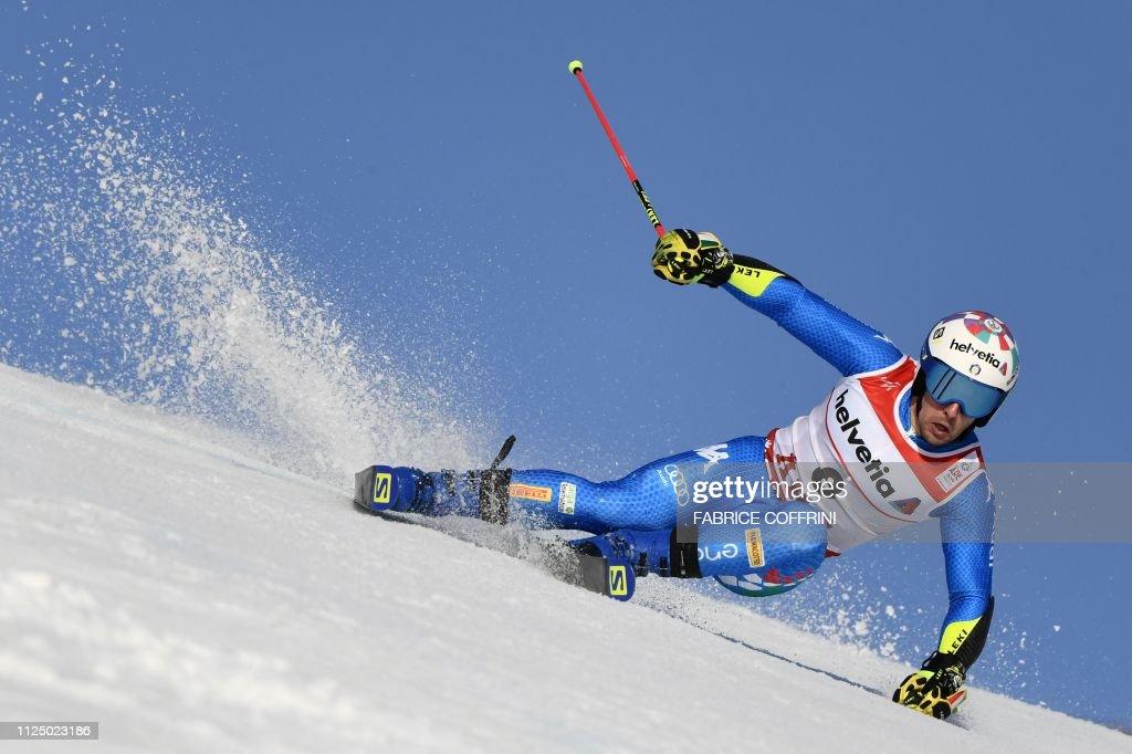 ALPINE SKI-WORLD-SWE-MEN-GIANT SLALOM : News Photo