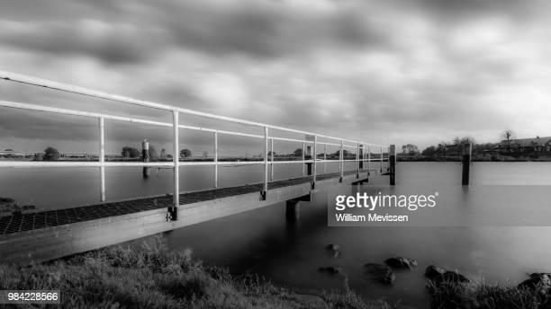 de maas (meuse river) - william mevissen - fotografias e filmes do acervo