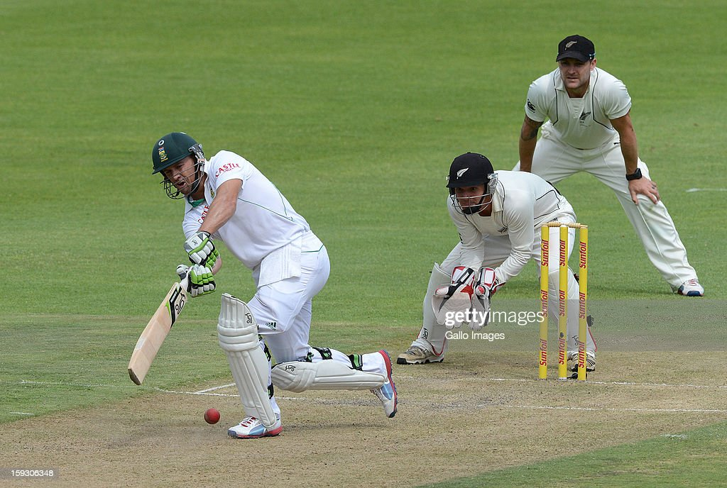 AB de Villiers drives to mid-on during day 1 of the 2nd Test match between South Africa and New Zealand at Axxess St Georges on January 11, 2013 in Port Elizabeth, South Africa