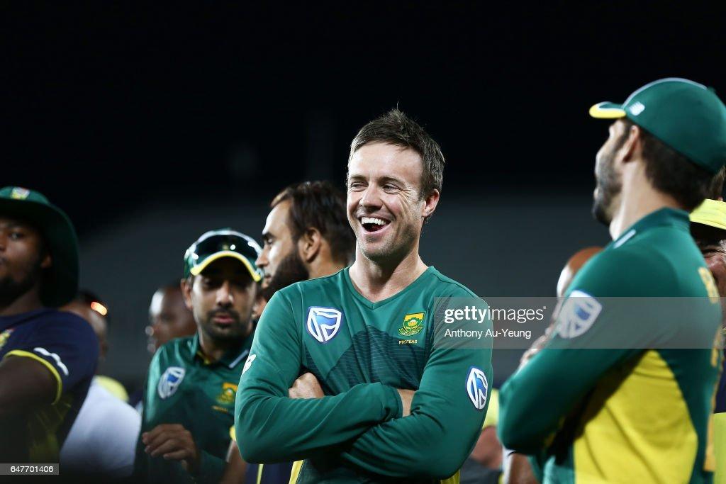 New Zealand v South Africa - 5th ODI : News Photo