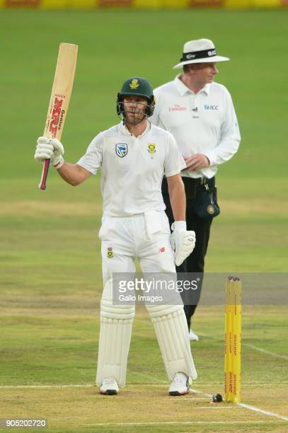 AB de Villiers of the Proteas goes to his 50 during day 3 of the 2nd Sunfoil Test match between South Africa and India at SuperSport Park on January...
