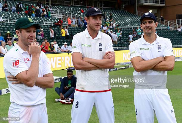 AB de Villiers of the Proteas Stuart Broad and Alastair Cook of England during day 3 of the 3rd Test match between South Africa and England at...