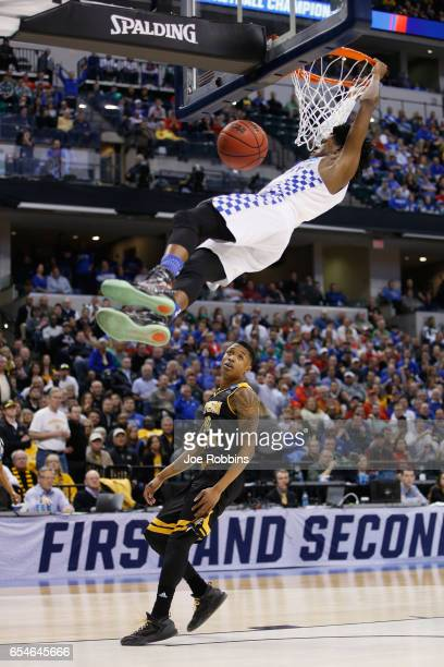 De'Aaron Fox of the Kentucky Wildcats dunks the ball in the first half against the Northern Kentucky Norse during the first round of the 2017 NCAA...