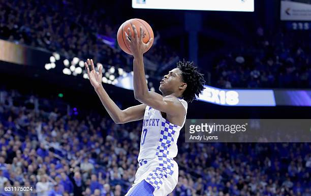 De'Aaron Fox of the Kentucky Wildcats shoots the ball during the game against the Arkansas Razorbacks at Rupp Arena on January 7 2017 in Lexington...