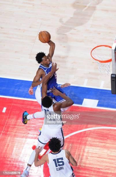 De'Aaron Fox of the Sacramento Kings dunks against Jaren Jackson Jr #13 of the Memphis Grizzlies on February 20 2020 at Golden 1 Center in Sacramento...