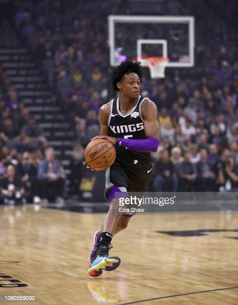 De'Aaron Fox of the Sacramento Kings in action during their game against the Los Angeles Lakers at Golden 1 Center on November 10 2018 in Sacramento...