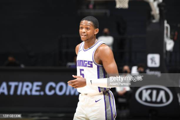 De'Aaron Fox of the Sacramento Kings looks on during the game against the LA Clippers on February 7, 2021 at STAPLES Center in Los Angeles,...