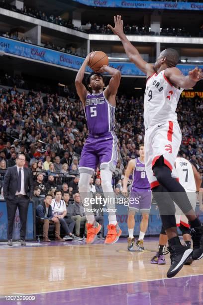 De'Aaron Fox of the Sacramento Kings shoots against the Toronto Raptors on March 8 2020 at Golden 1 Center in Sacramento California NOTE TO USER User...