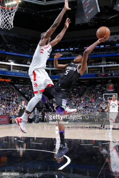 De'Aaron Fox of the Sacramento Kings shoots the ball during the game against the Toronto Raptors on December 10 2017 at Golden 1 Center in Sacramento...