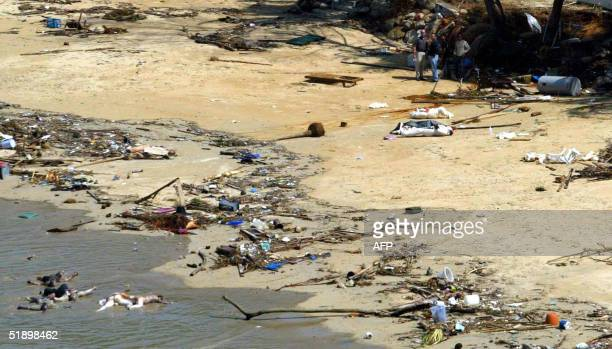 Dead bodies lay on the beach at the south eastern sea resort of Khao Lak Thailand 28 December 2004 The confirmed death toll from the massive...